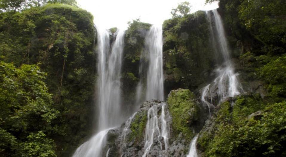 Hathni Mata Waterfall near Champaner - Halol - Vadodara